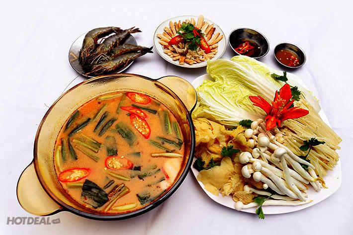 Lẩu Thái Tomyum thơm ngon đúng điệu với hương vị độc và lạ mà không món lẩu nào có thể sánh được.