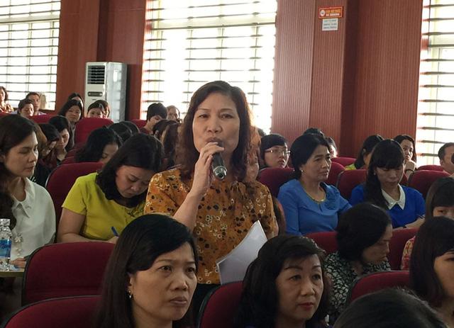 Bà Đinh Thùy Dung phát biểu tại hội nghị