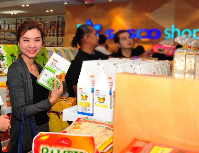 Ưu đãi 20% nhân khai trương SASCO SHOP tại sân bay Tân Sơn Nhất - Ảnh 4.