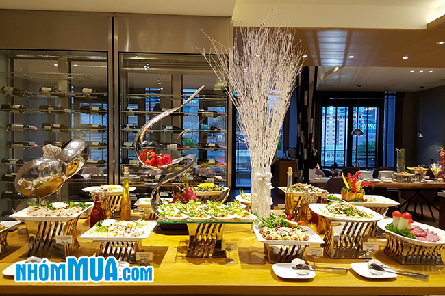 khuyen mai buffet toi tu t2 t6 tai liberty central saigon citypoint gia re