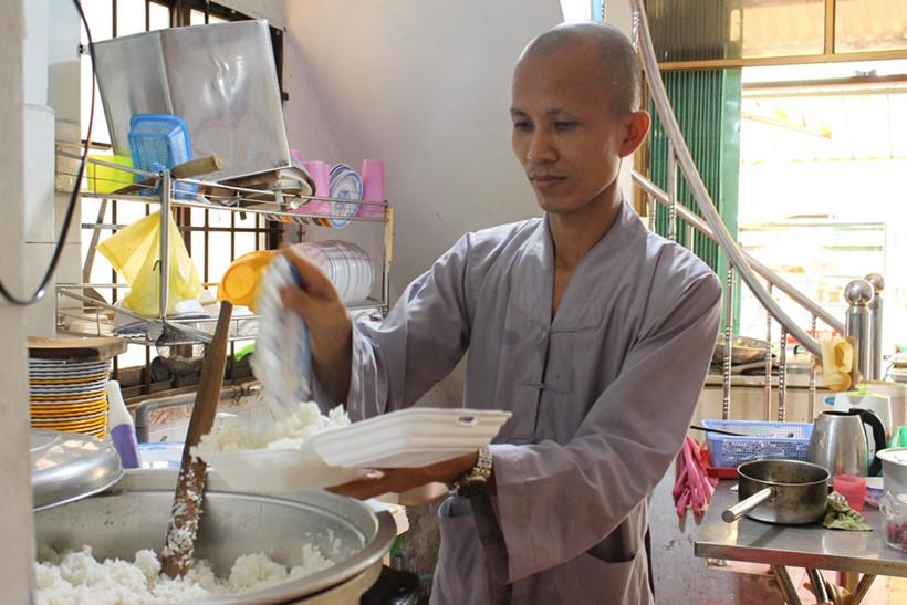 Người Sài Gòn có ai từng đến phố ăn chay hơn 40 năm - ảnh 11