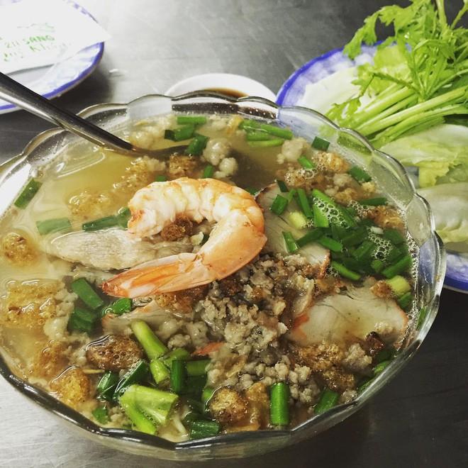 4 quán ăn bình dân vừa ngon, vừa dễ đụng người nổi tiếng ở Sài Gòn-1