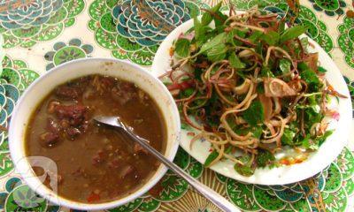 4 món ăn nặng mùi, có món vừa ăn vừa phải bịt mũi vẫn nhiều người mê của Việt Nam - Ảnh 1.