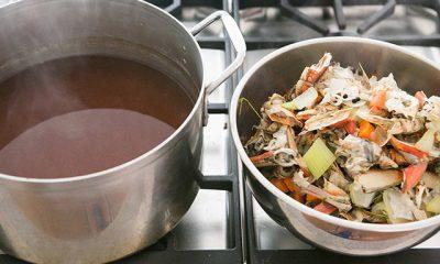 Tận dụng vỏ tôm cua và rau củ để làm nước dùng ngọt thanh, trong vắt - 9